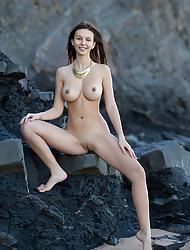 Alisa I shows off her nude body and  flaunt big tits outdoors