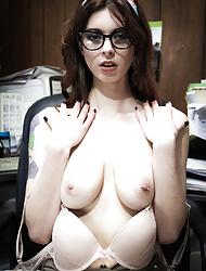 Azura Starr poses as a steamy hot secretary