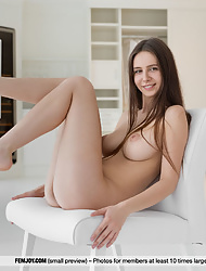Beautiful Alisa I flaunting perfect round tits