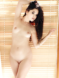 Exotic Beauty Malena Starts Her Day Naked