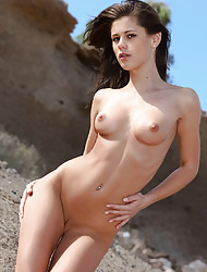 Gorgeous Little Caprice Posing Naked On The Sand