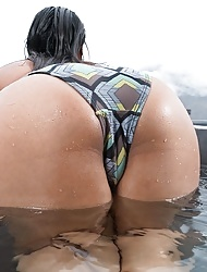 Latina Jasmine Summers  swimming nude and playing in the pool