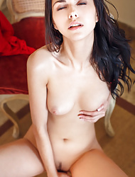 Nasita takes off her clothes and spreads her legs wide open