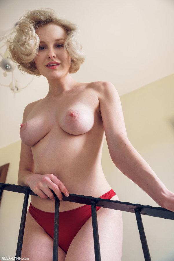 Nude College Women Videos